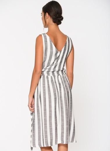 Loves You Yandan Bağlamalı Keten Görünümlü Elbise Füme